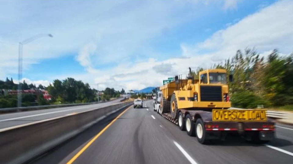 An Option for Shipping Construction Equipment Across the Country