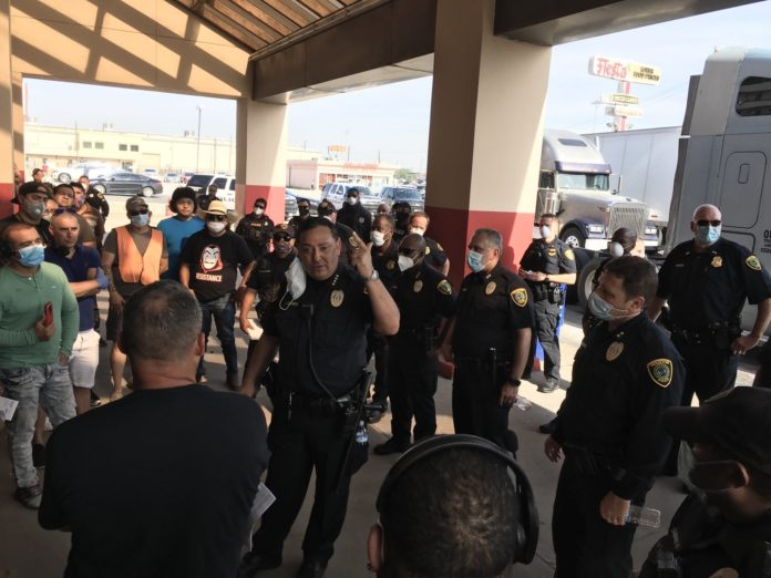 "Houston police open criminal investigation into broker ""theft of wages"" following trucker protest"